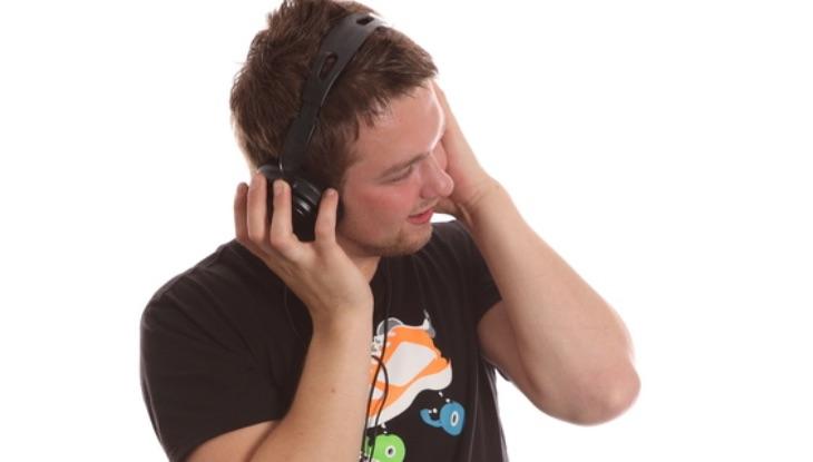 Jóvenes y problemas auditivos ¿Por qué aumentan los casos?