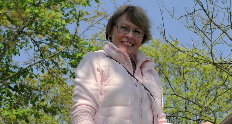 Mujeres con artritis reumatoide: Más propensas a problemas auditivos